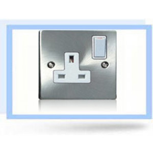 13 amp Single Socket Chrome